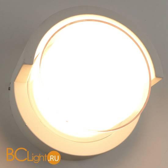 Настенный светильник Arte Lamp Lancia A8159AL-1WH