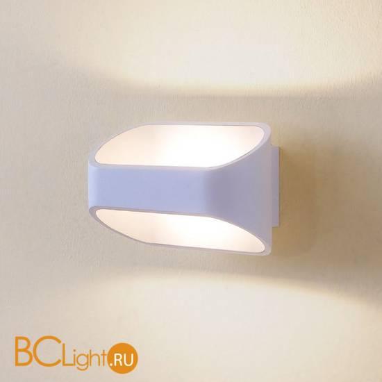 Настенный светильник Citilux Декарт CL704070