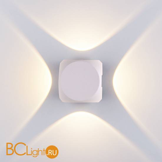 Уличный настенный светильник Elektrostandard Cubo 1504 TECHNO LED CUBE белый